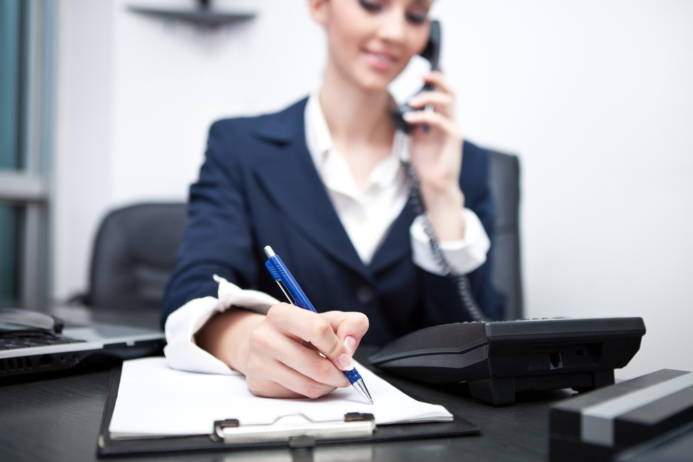 How to Effectively Use a Phone Answering Service for Small Business