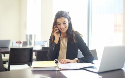Phone Call Etiquette: How to Always Sound Professional