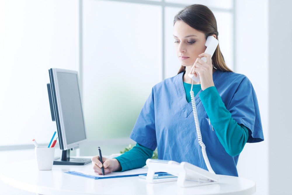 5 Benefits of a Doctor Answering Service