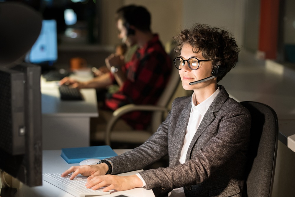24 Hour Customer Service Benefits, Voicelink