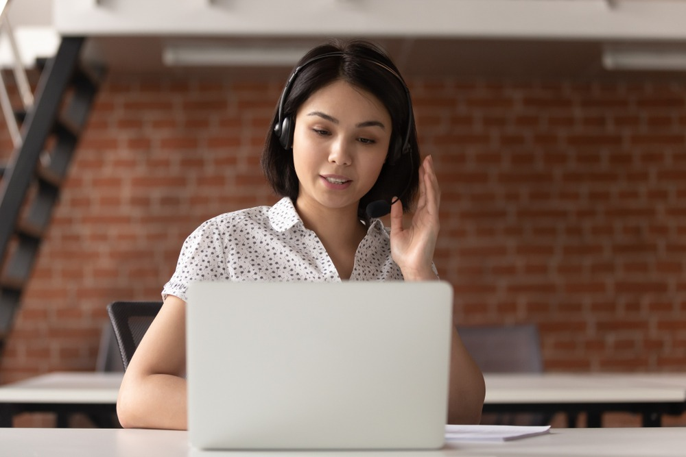 4 Customer Service Costs Professional Answering Services Curb